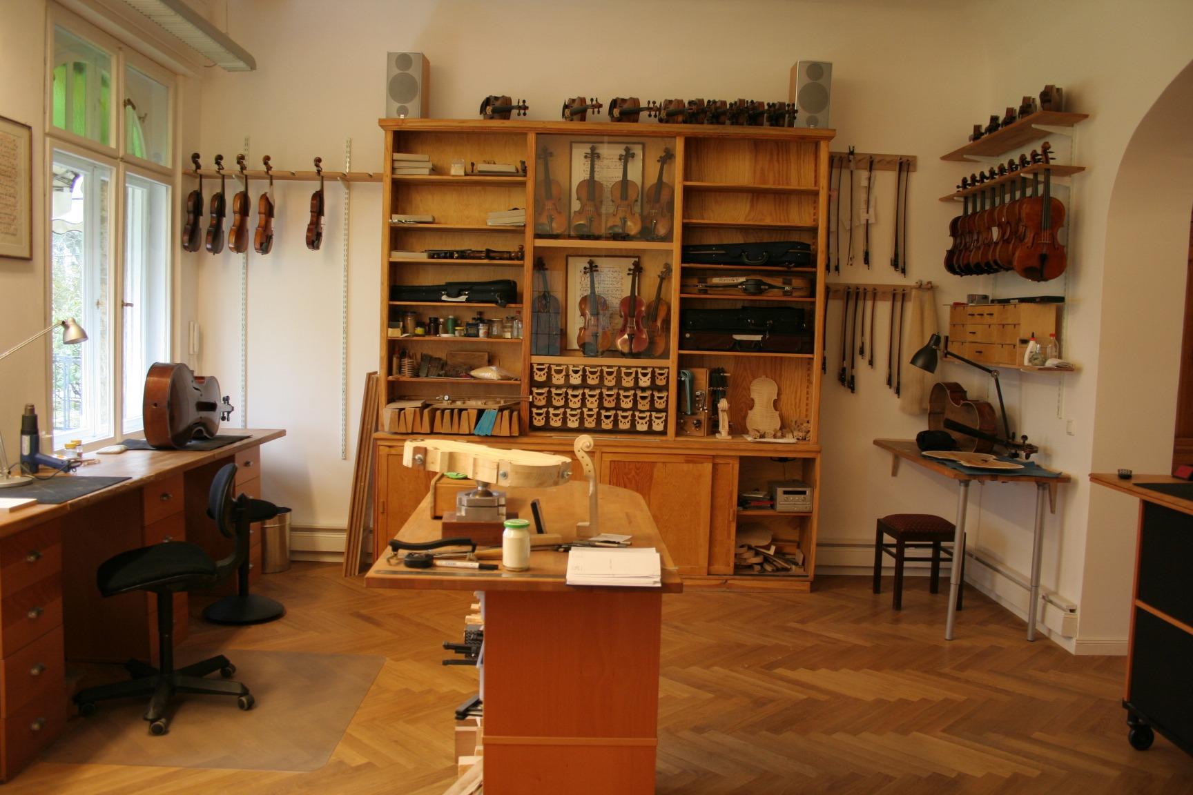 Strings_Music_Horizons_Felix_Krafft_workshop_display