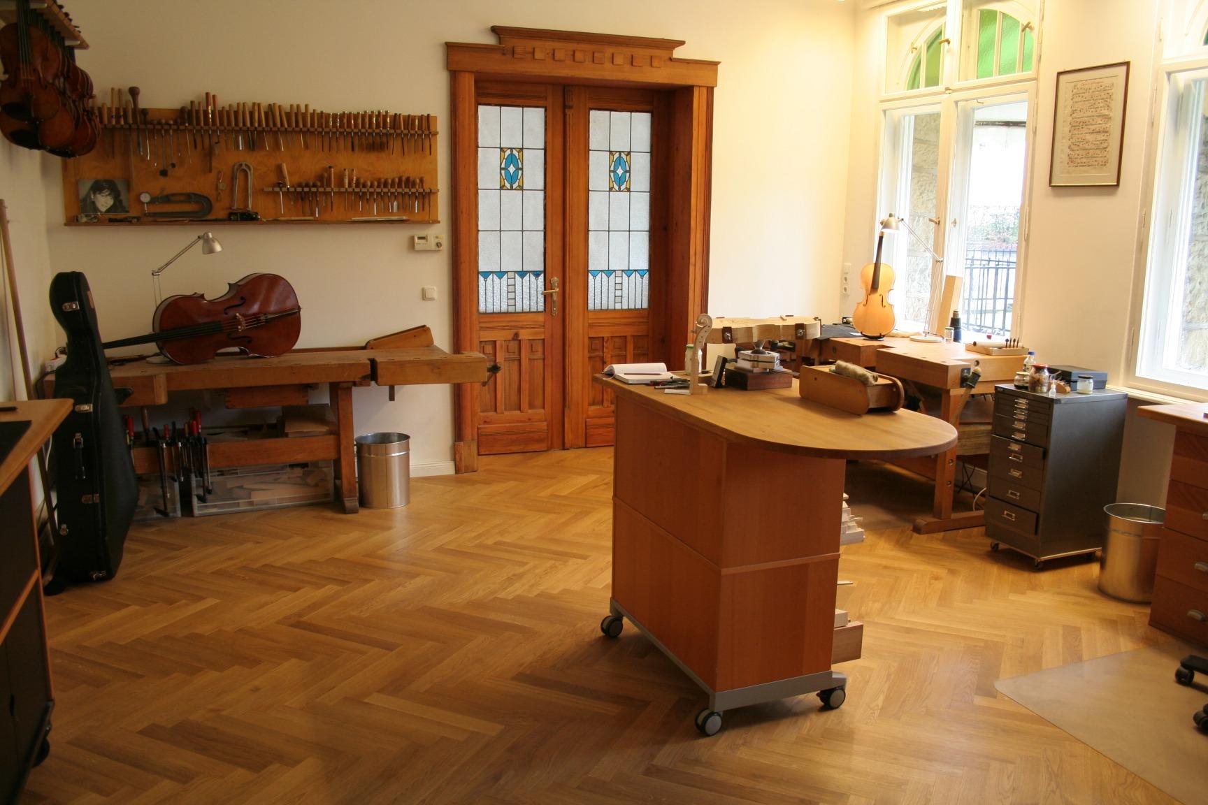 Strings_Music_Horizons_Felix_Krafft_workshop_doorway