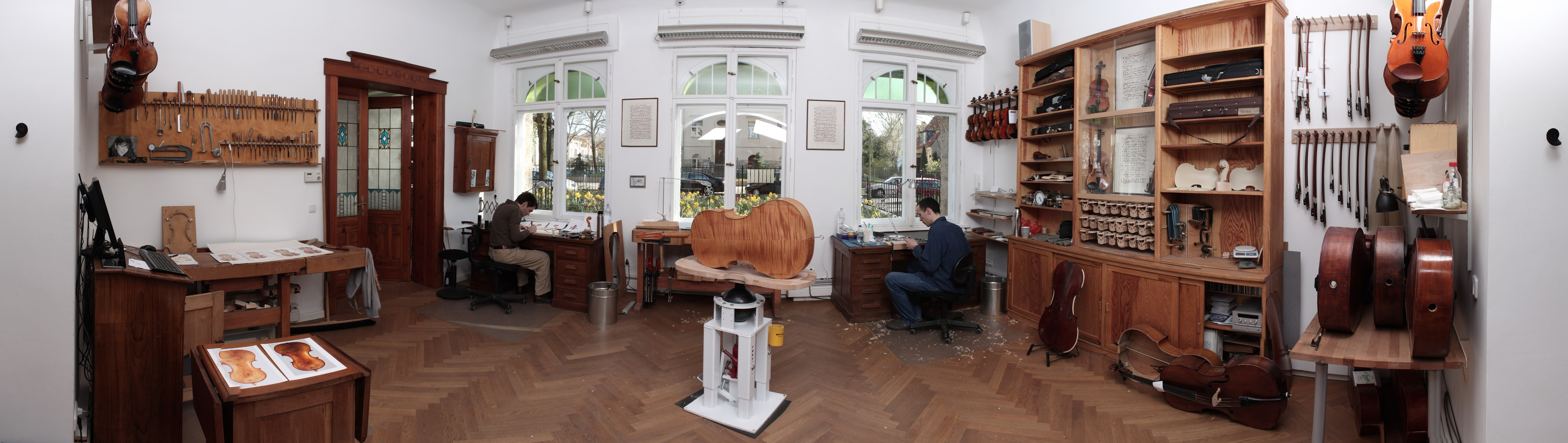 Strings_Music_Horizons_Felix_Krafft_workshop_panorama